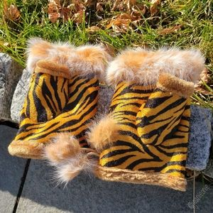 $12 ADD ON - TIGER Faux FUR Fingerless Gloves NWT